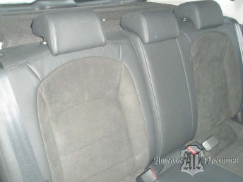 Перетяжка сидеий и дверных вставок Nissan Qashqai (Ниссан Кашкай) натуральной кожей и алькантарой