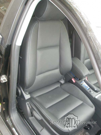 Перетяжка сидений и дверных вставок Audi A3 (Ауди А3) натуральная кожа