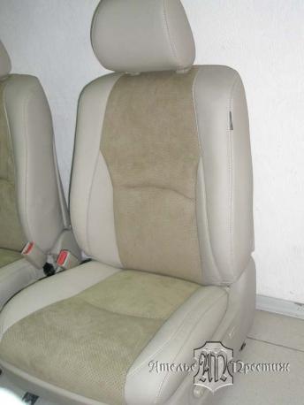 Перетяжка сидений и дверных вставок Lexus RX (Лексус) 300 натуральной кожей и алькантарой