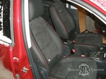 Перетяжка сидений и дверных вставок Volkswagen Tiguan (Фольцваген Тигуан) экокожа и алькантара